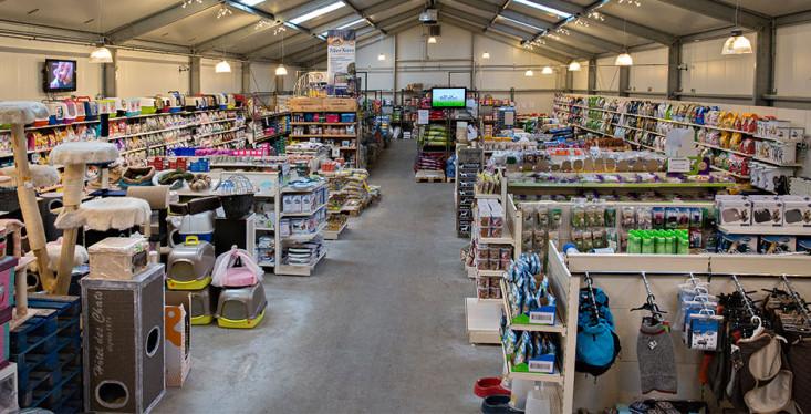 De grootste dierenwinkel in Oude Pekela