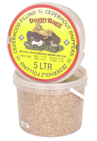 Doggy Bagg cederhoutsnippers 5 ltr
