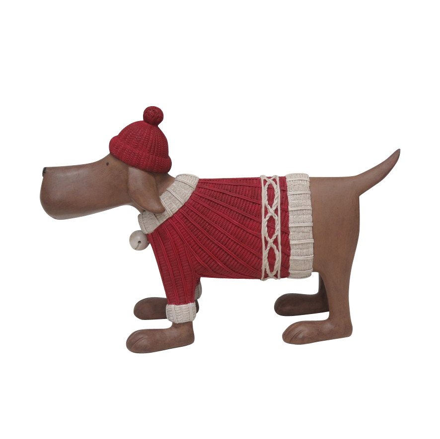Happy House winterdecoratie Hond met rode sweater