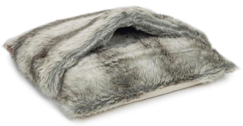 Designed by Lotte kussen met slaapzak Mayah grijs