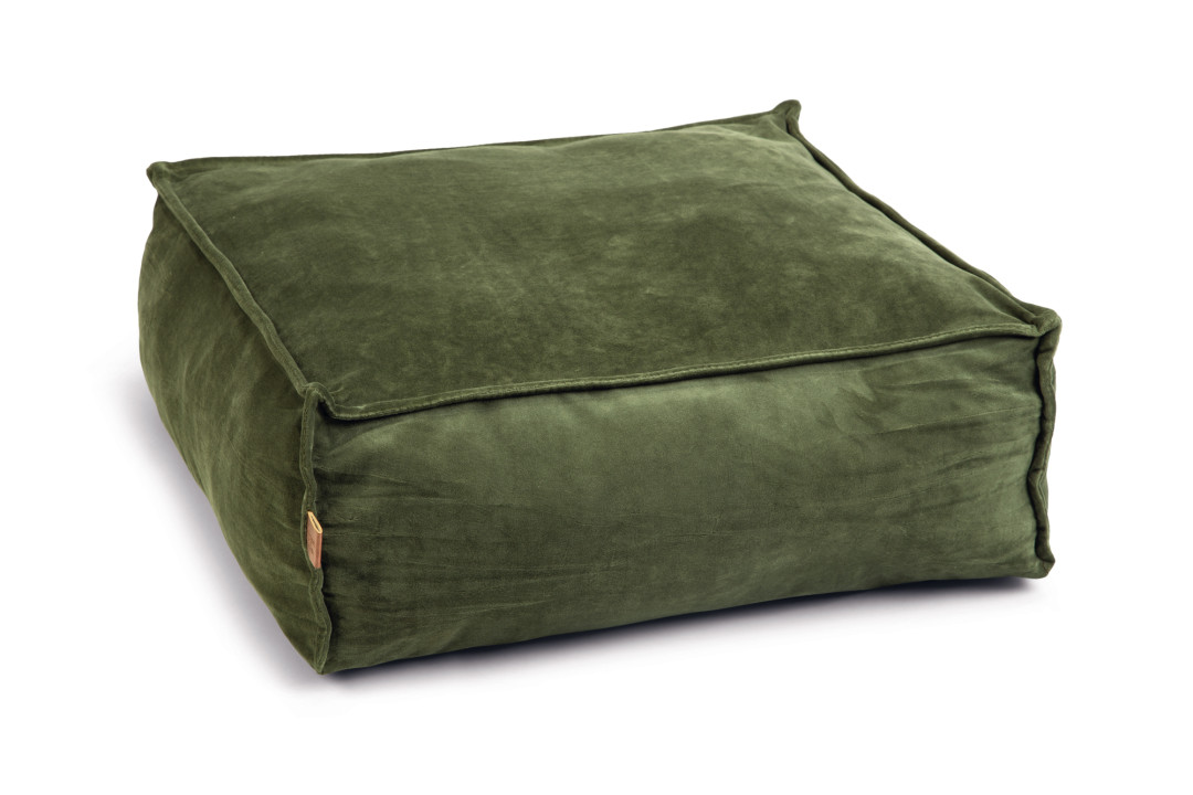 Designed by Lotte ligkussen Velveti groen