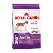 royal-canin-giant-junior.jpg