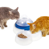 boon_catit_drinkfontein_plus_waterbak_0214102 b.jpg